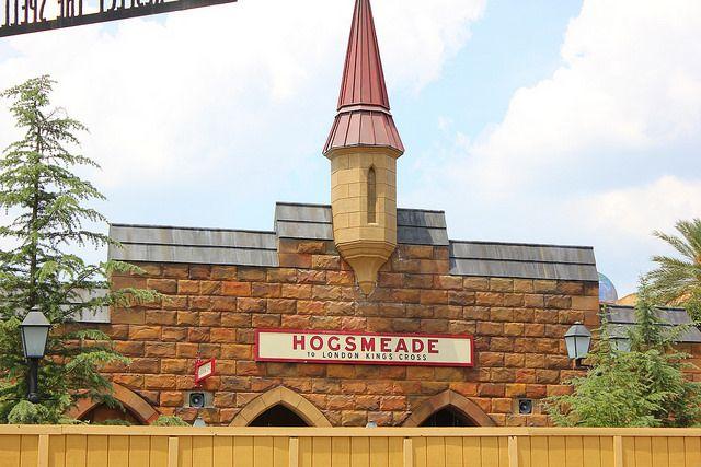 Hogsmeade - Wizarding World of Harry Potter