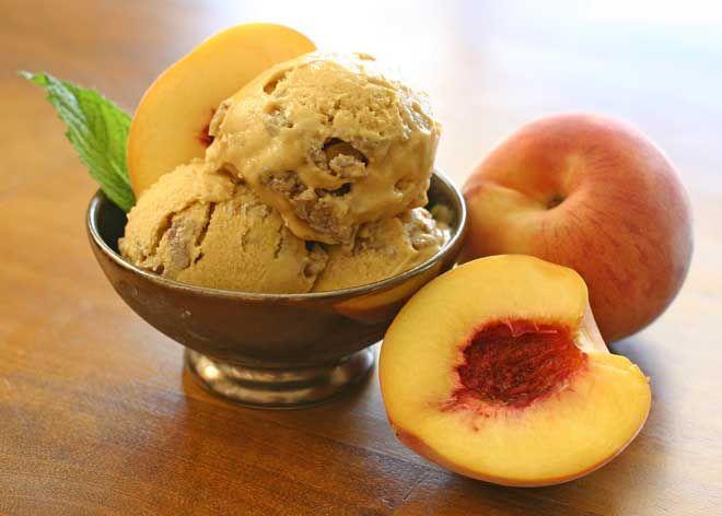 Vegan Peach Crumble Ice Cream from the Green Sage blog