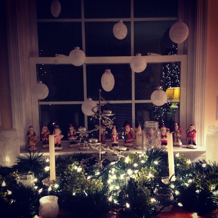DIY Christmas decorations over my fireplace! Epsom salts decorated ...