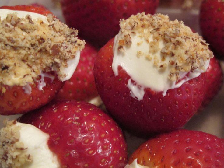 Strawberry Cheesecake Bites | Cheesecake | Pinterest