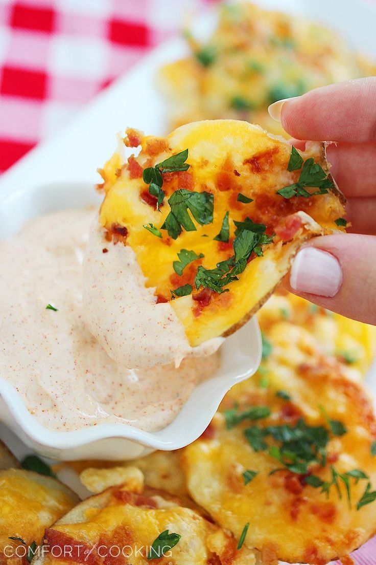 Cheesy Bacon Oven Chips with Chipotle Ranch Dipping Sauce http://www.thecomfortofcooking.com/2013/09/cheesy-bacon-oven-chips-with-chipotle-ranch-dipping-sauce.html