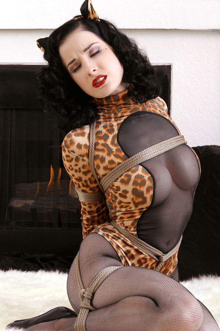 Compte nude photograph carla bruni