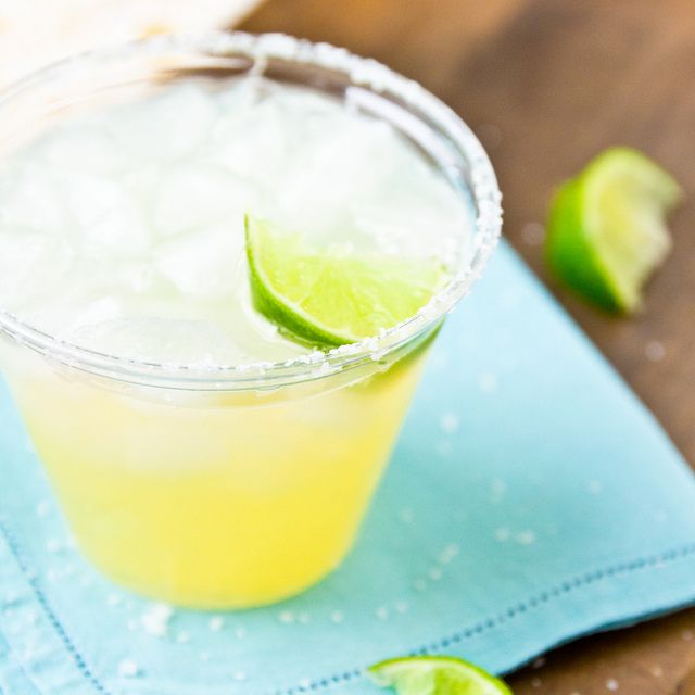 Pineapple Margaritas | Cocktails and Super Cool Shots | Pinterest