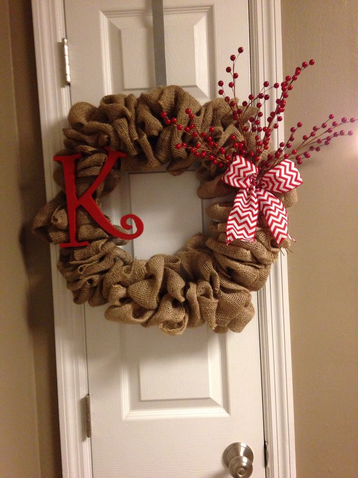 Diy burlap christmas wreath crafty pinterest Burlap xmas wreath