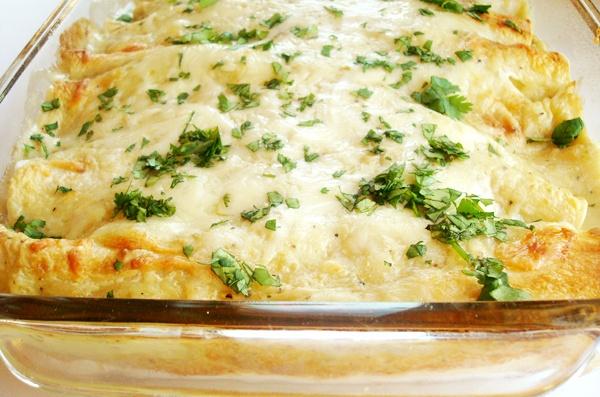 Creamy Green Chile Chicken Enchiladas | Recipe