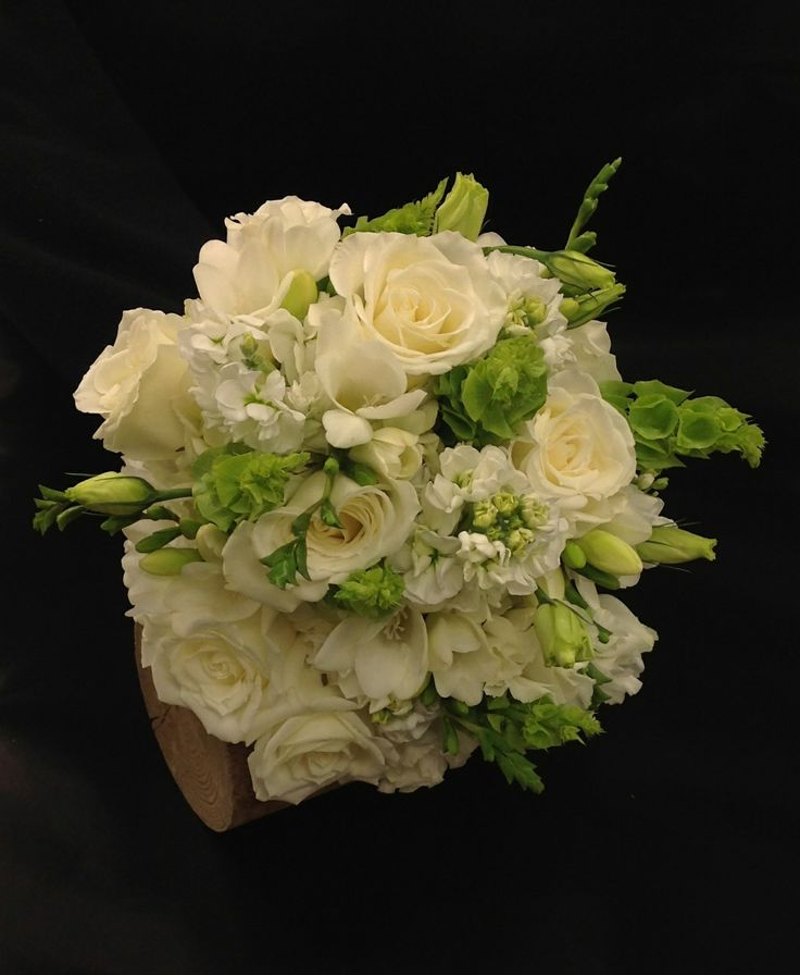 Of Ireland Freesia And Lisianthus Bridal Bouquet By Leawood Hyvee