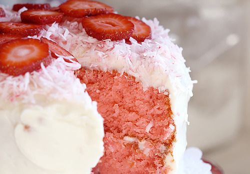 Southern Style Strawberry Cake | Foodies Delight {open group} | Pinte ...