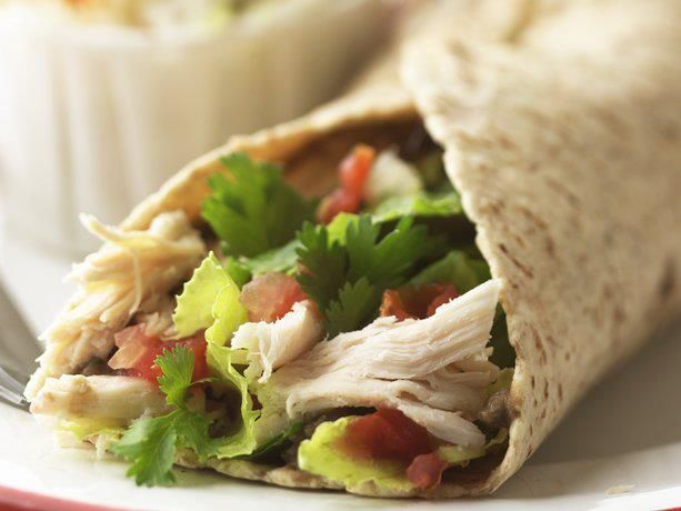 Thai Chicken Wraps: I want to try these with lettuce instead of ...