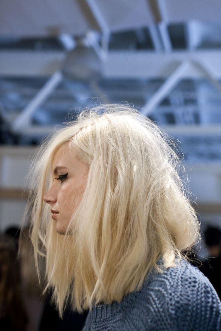 blonde long bob dream hair goals pinterest. Black Bedroom Furniture Sets. Home Design Ideas