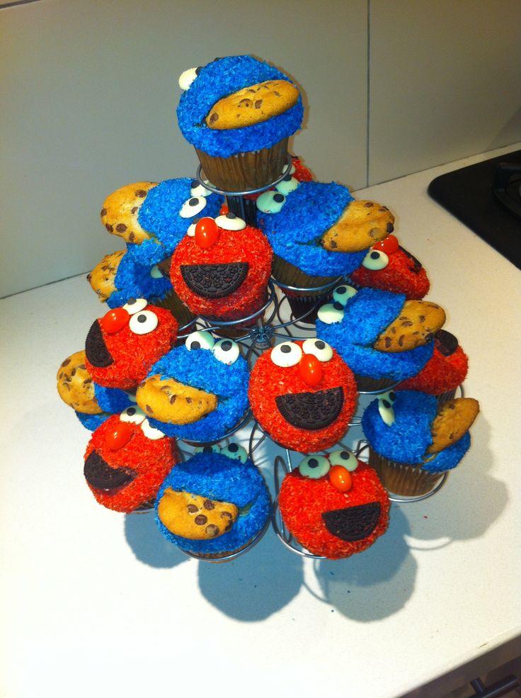 Elmo &Cookie Monster Cupcakes! | Sesame Street | Pinterest