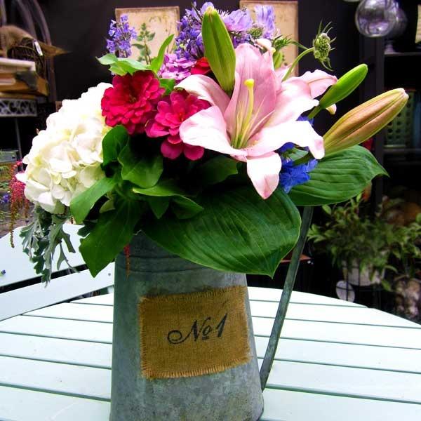 10 Tips for Creating Elegant Vase Arrangements with Flowers f/ your Garden