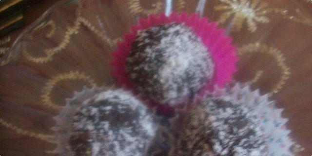 Natasha+Nuhanovic Kokosove bombice - Coconut bombs! | ~ RECEPTI ...