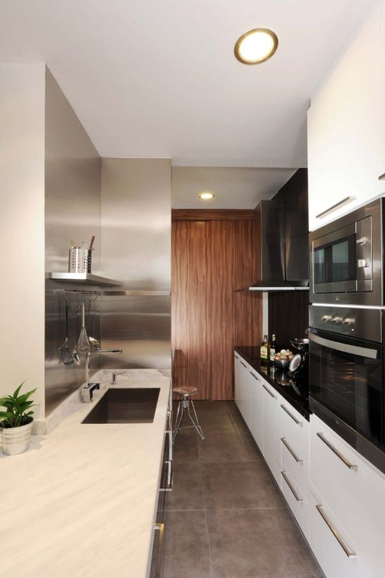 Small space kitchen home pinterest - Maximize space in small kitchen property ...