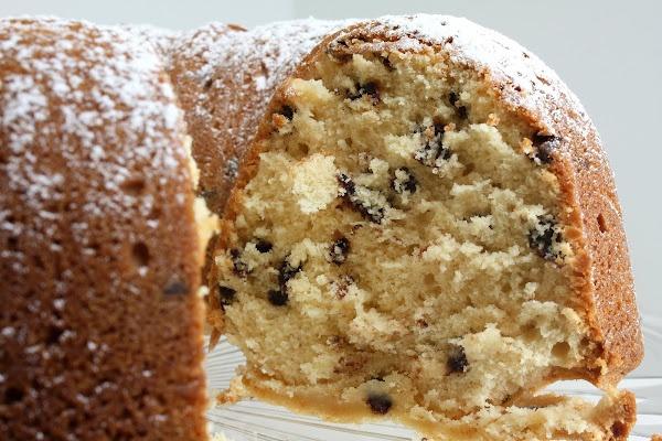 Irish Cream, Chocolate Chip Pound Cake | Food - Baking & Making Cakes ...