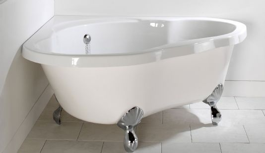 Clearwater Heart Luxurious Corner Air Tub With Feet CW50