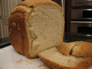 Christine's Kitchen Chronicles: Light Oat Bread