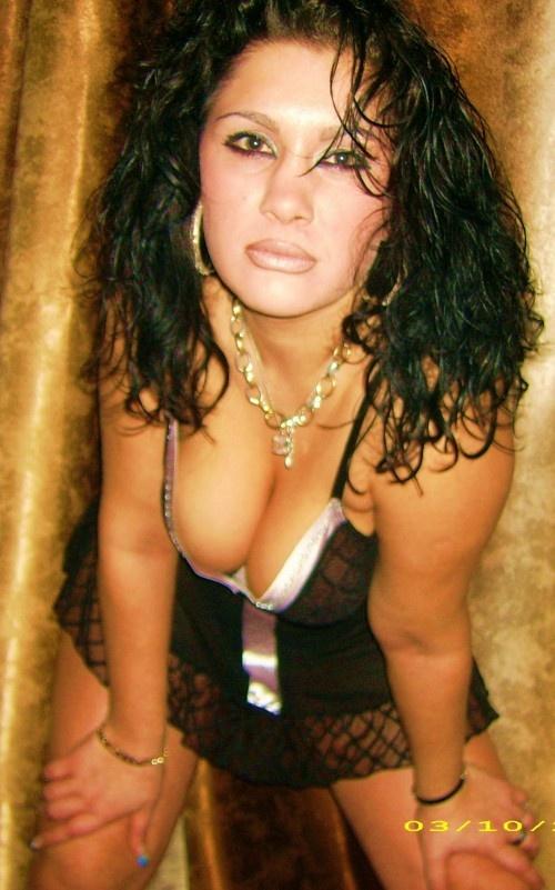 regista film erotici donne single in zona