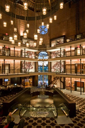 Old boston prison becomes a luxury hotel charles street for Hotel that was a jail in boston