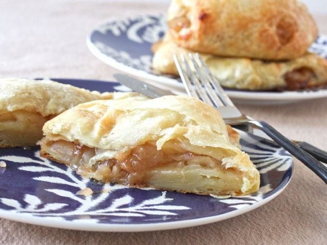 Spicy Apple-Cinnamon Turnovers Recipe! | Desserts | Pinterest