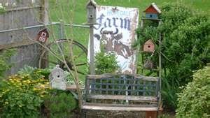 Outdoor funky junk decor outdoor decor garden pinterest for Funky garden accessories