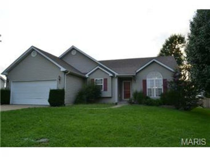 ... hardwood floors, master suite with ceramic tile! Great kitchen with
