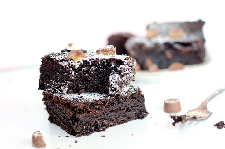 Chewy Rolo Brownies - Bits of Sunshine | My Blog Posts | Pinterest