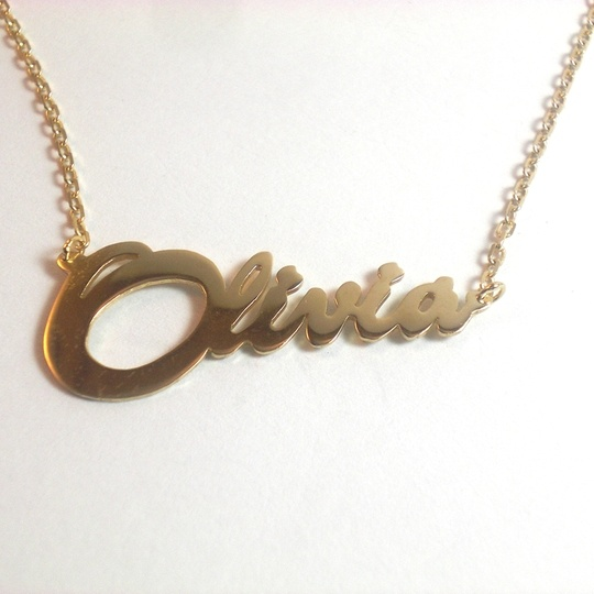 olivia <3 // golden signature necklace