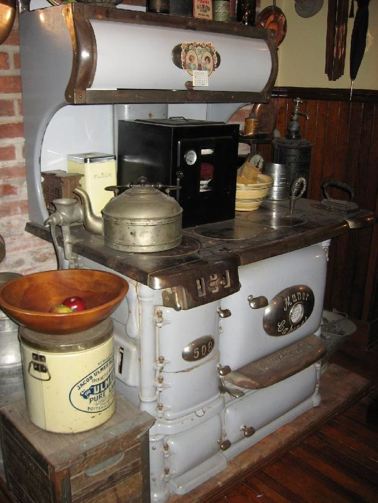 Mansion Kitchen Antique Stove For The Home Pinterest