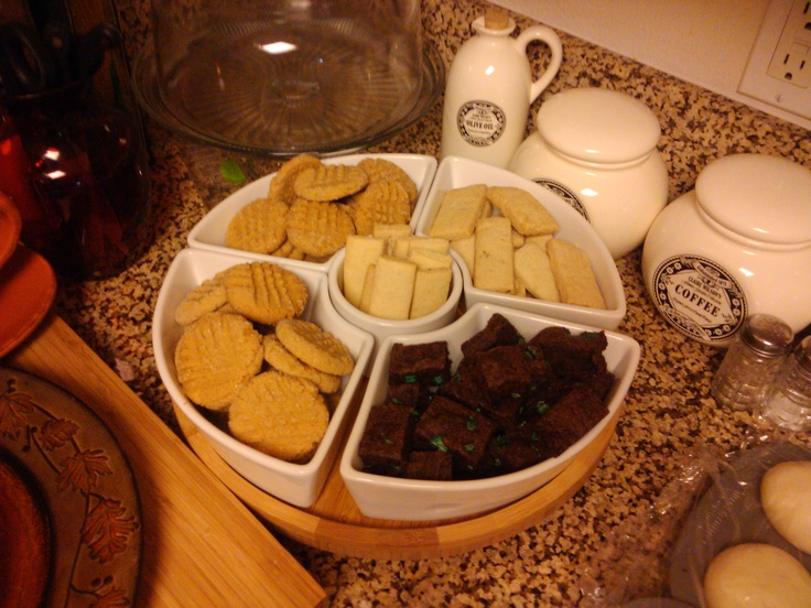 Gluten free Pb cookies, coconut pecan shortbread and chocolate mint ...
