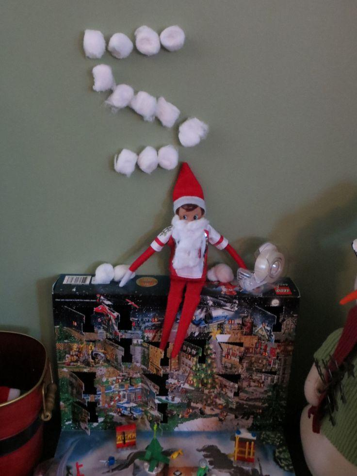 Elf on the Shelf-countdown with cotton balls, cotton ball beard