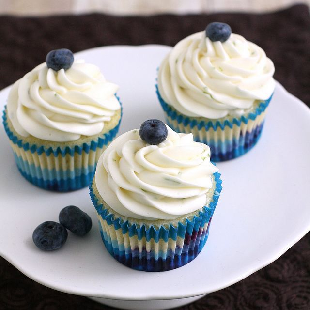 Blueberry Cupcakes with Lime Cream Cheese Frosting by Tracey's ...