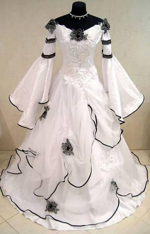 White gothic wedding dress gothic wedding dresses for Gothic style wedding dresses