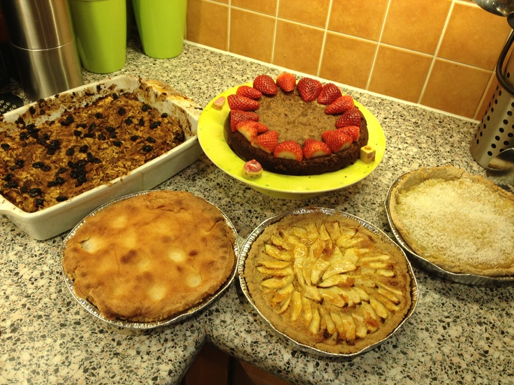 ... Rum and coconut tart Apricot Frangipan Apple flan Apple Matza pudding