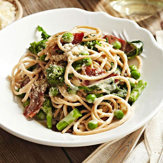 This fast, lightened-up version of classic carbonara calls for ...