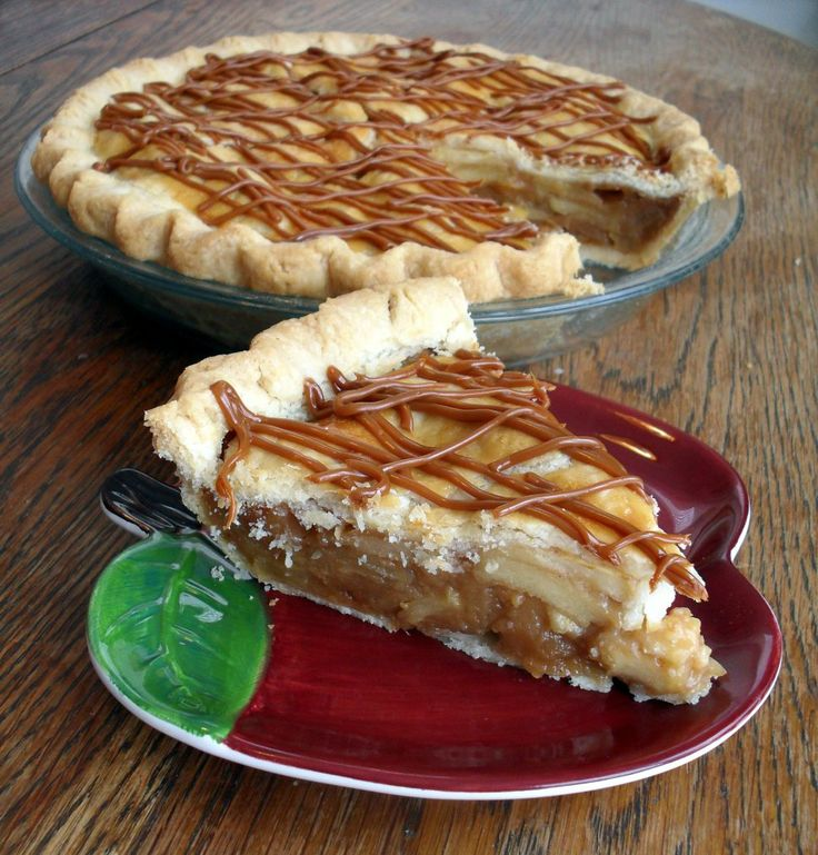 Dulce de Leche Apple Pie | Mmm... :) | Pinterest