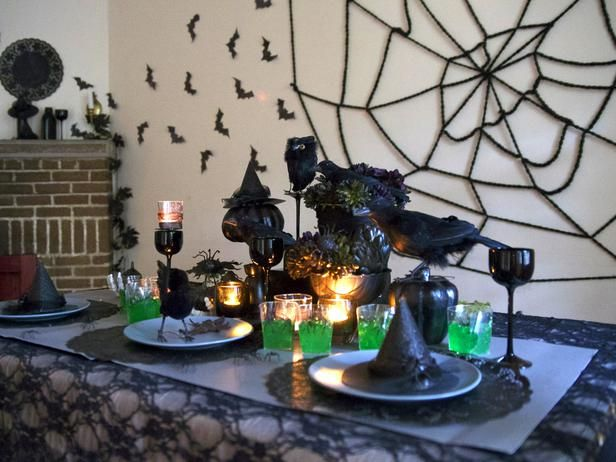 Centerpieces and table settings start your halloween decorating