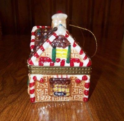 Mr christmas porcelain gingerbread house music box tree for Christmas house music