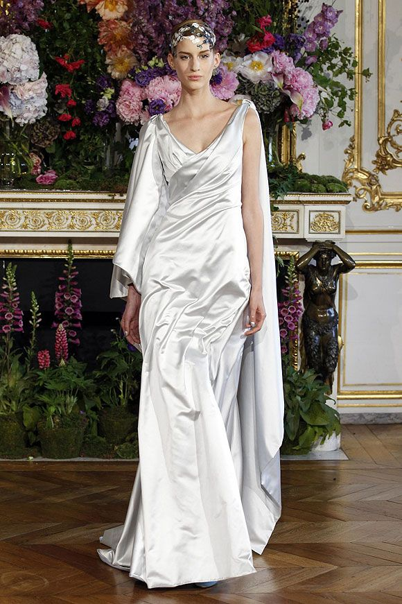 Pin By Rosie Lujan On 2014 Haute Couture Bridal Gowns