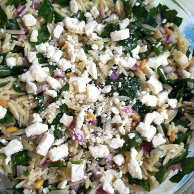 Orzo Pasta Salad: Orzo Pasta, Red Onion, Spinach, Olive Oil Toasted ...