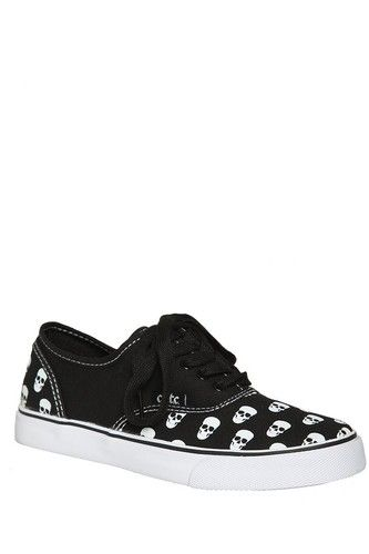 DISCONTINUED SKULL SNEAKERS men 8 women 10 cute to the core punk