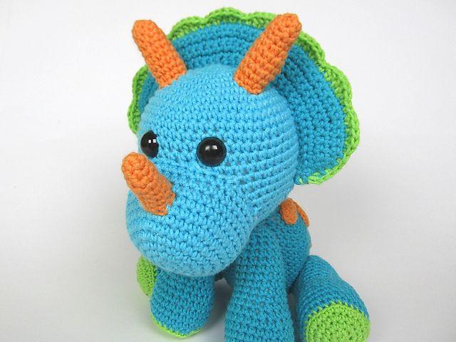 Amigurumi Dinosaur Pattern : Triceratops Tripi Dinosaur Amigurumi pattern by Veronika ...