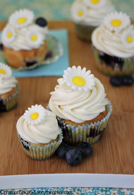 Blueberry Cupcakes with Lemon Cream Cheese Frosting   Recipe