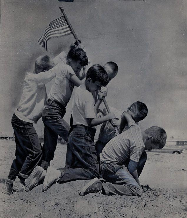 d day flag raising