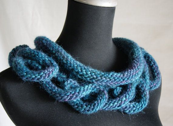 PDF Hand Knitting Cowl Pattern for Loopy Bottom Cowl in chunky yarn...