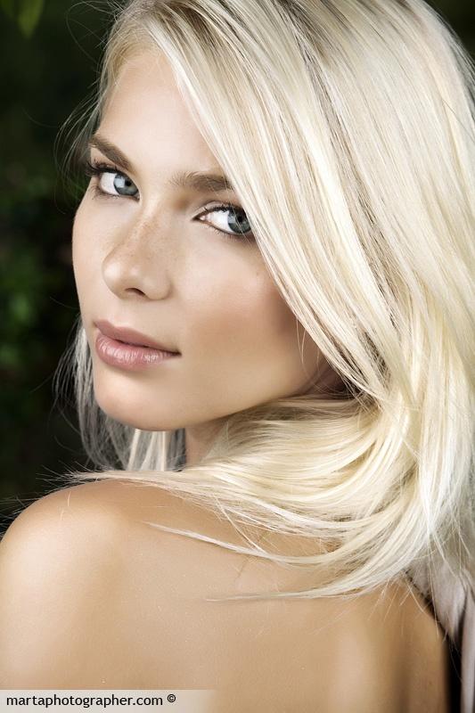 Blonde | ..Hair..MakeU...