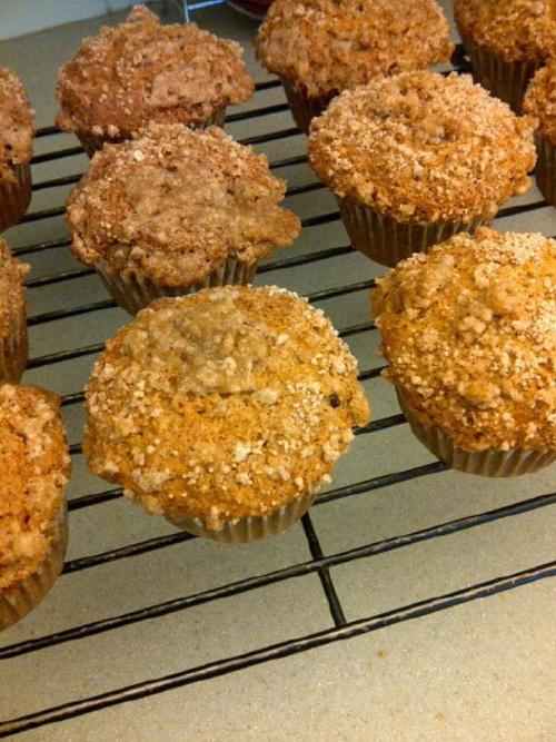 Banana Cream Cheese Crumb Muffins | Breakfast & Brunch | Pinterest