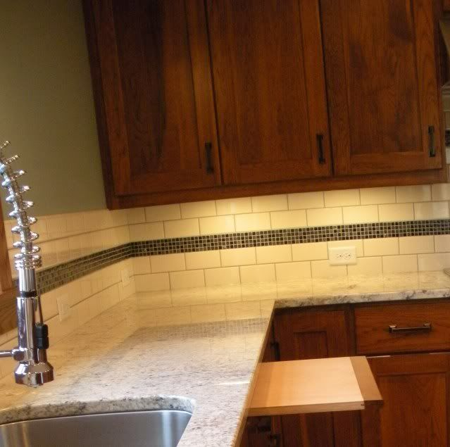 accent tile with subway tile kitchen fixin 39 pinterest