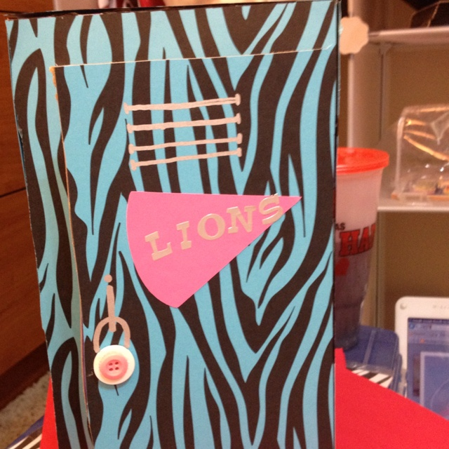 valentine day locker decorations