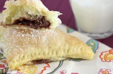 Nutella-Mallow Pillow Pockets — Punchfork
