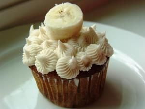 Honey cinnamon frosting | Sweets! Frostings and Sauces! | Pinterest